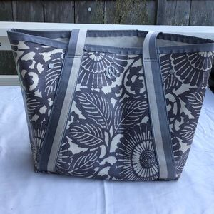 Lululemon beach bag